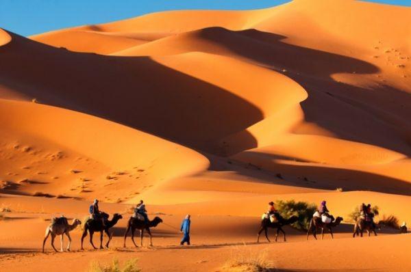 Merzouga, acariciando las dunas del Sahara